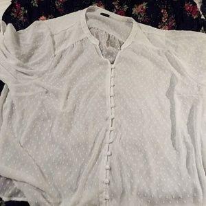 EUC Torrid white blouse